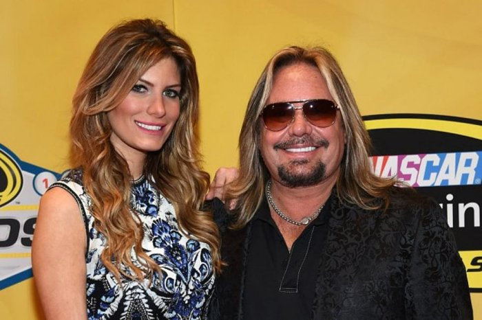 Vince Neil with His wife